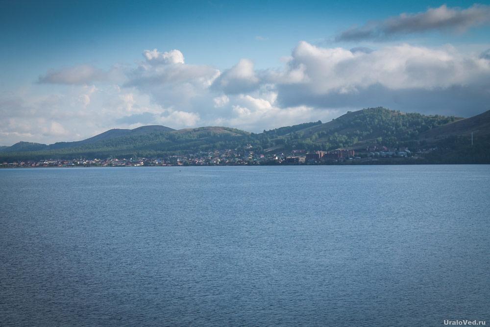Озеро Банное (Яктыкуль) летом