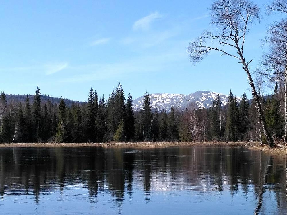 Гора Большой Ямантау с реки Большой Инзер