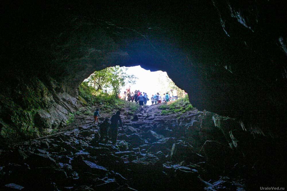 Кургазакская пещера