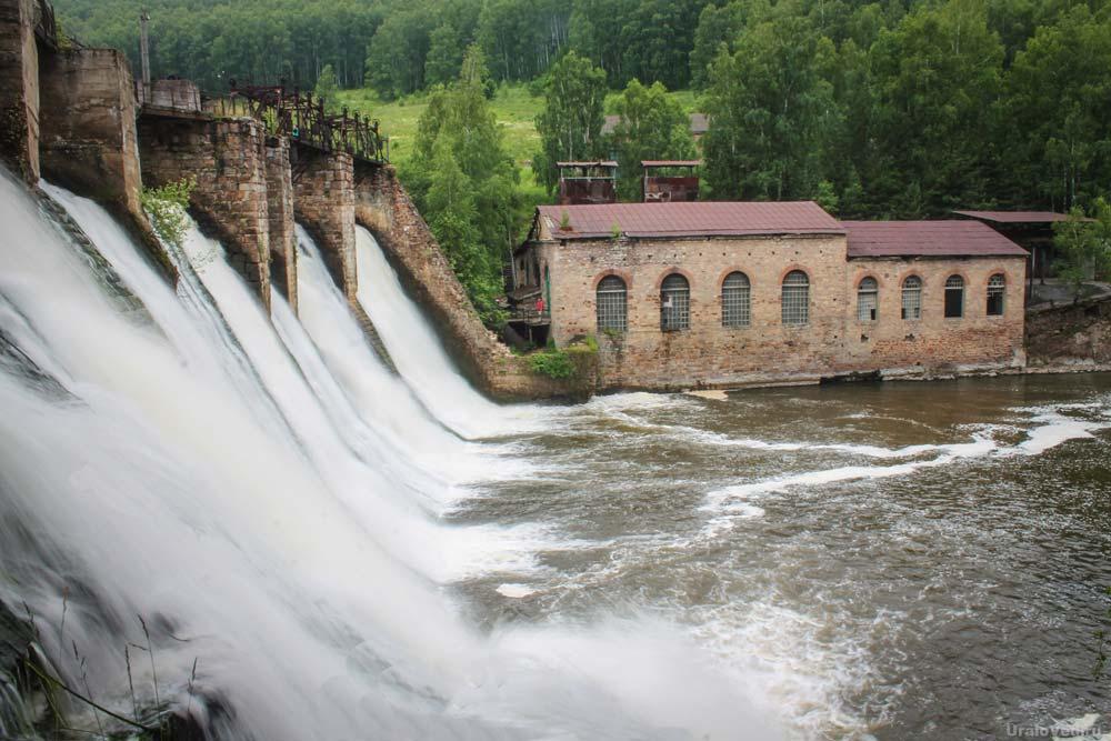 Плотина Порожской ГЭС