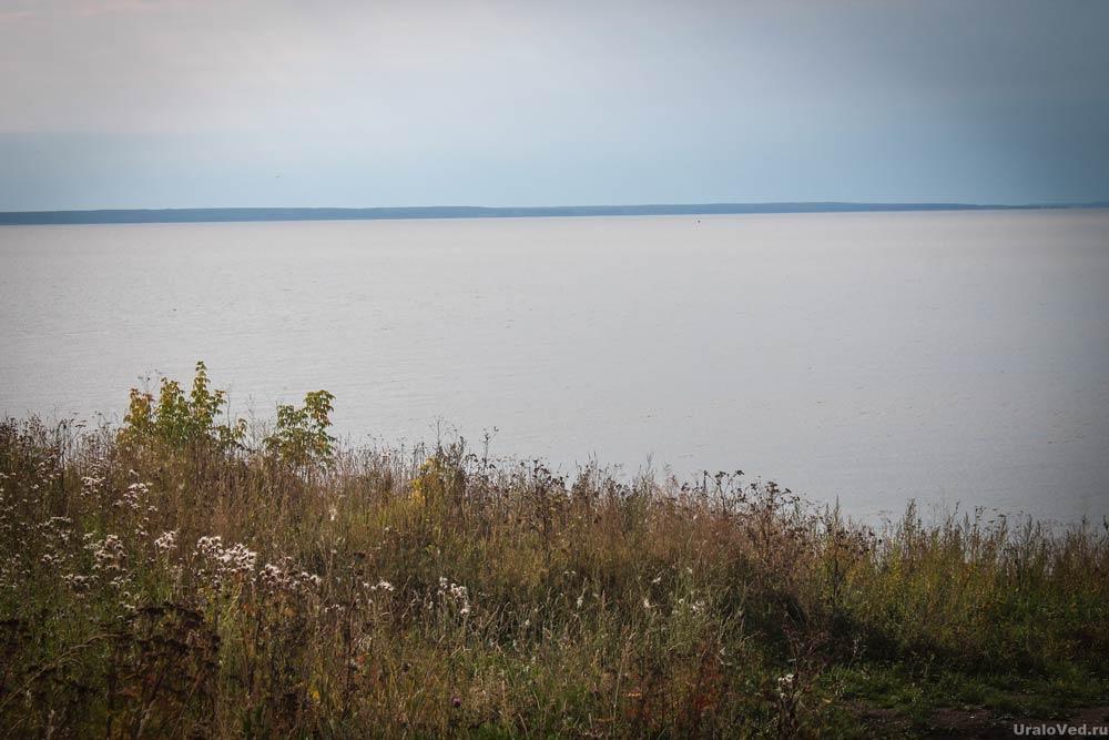 Широка река Кама