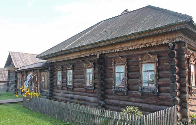 Крестьянская усадьба 19 века. Нижняя Синячиха  музей-заповедник деревянного зодчества