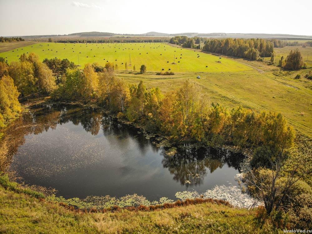 Озеро Чёрное в Красноуфимском районе Свердловской области