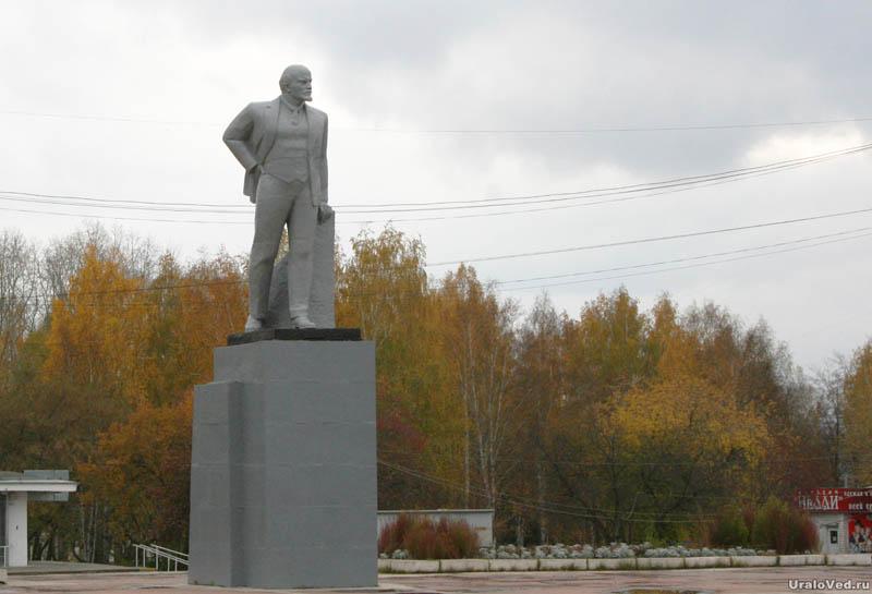 Памятник с сердцем Среднеуральск изготовление памятники на могилу г владикавказ