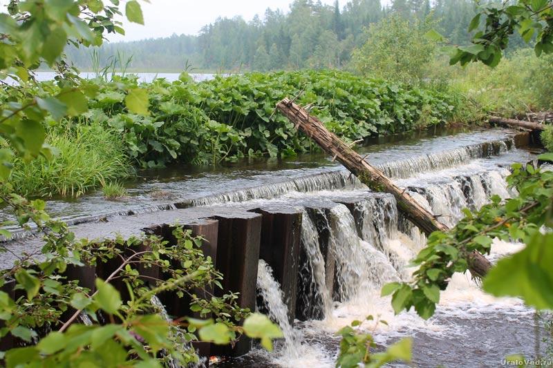 Плотина Смородинского водохранилища