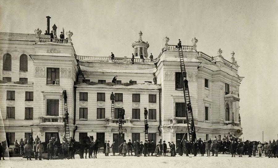 Учения пожарных в Оперном театре
