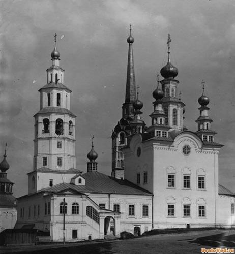 Воскресенская церковь, старое фото